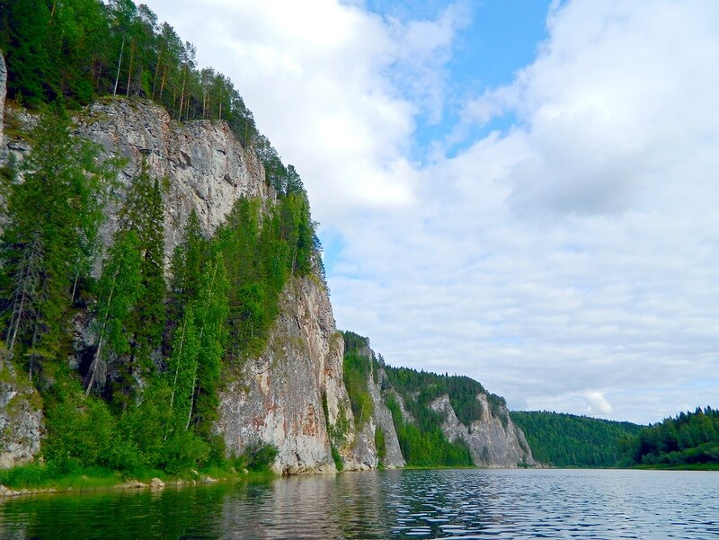 Молебный Камень, реки Вижай и Лозьва