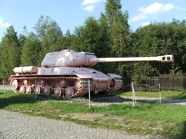 Розовый танк стал одной из достопримечательностей Праги. Автор фотографии - Hynek Moravec
