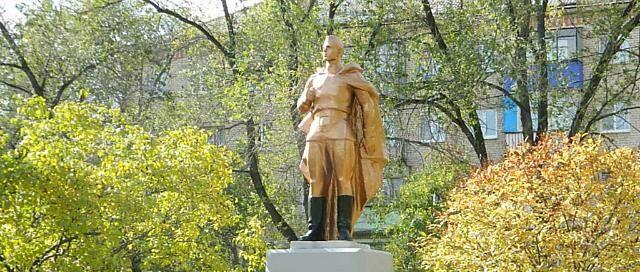 История памятника Солдату-строителю