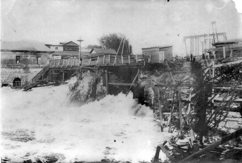 Этот уникальный снимок наводнения хранится в фондах Нижнетагильского музея-заповедника «Горнозаводской Урал».