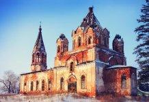 Село Троицкое Каменского района: Троицкая церковь
