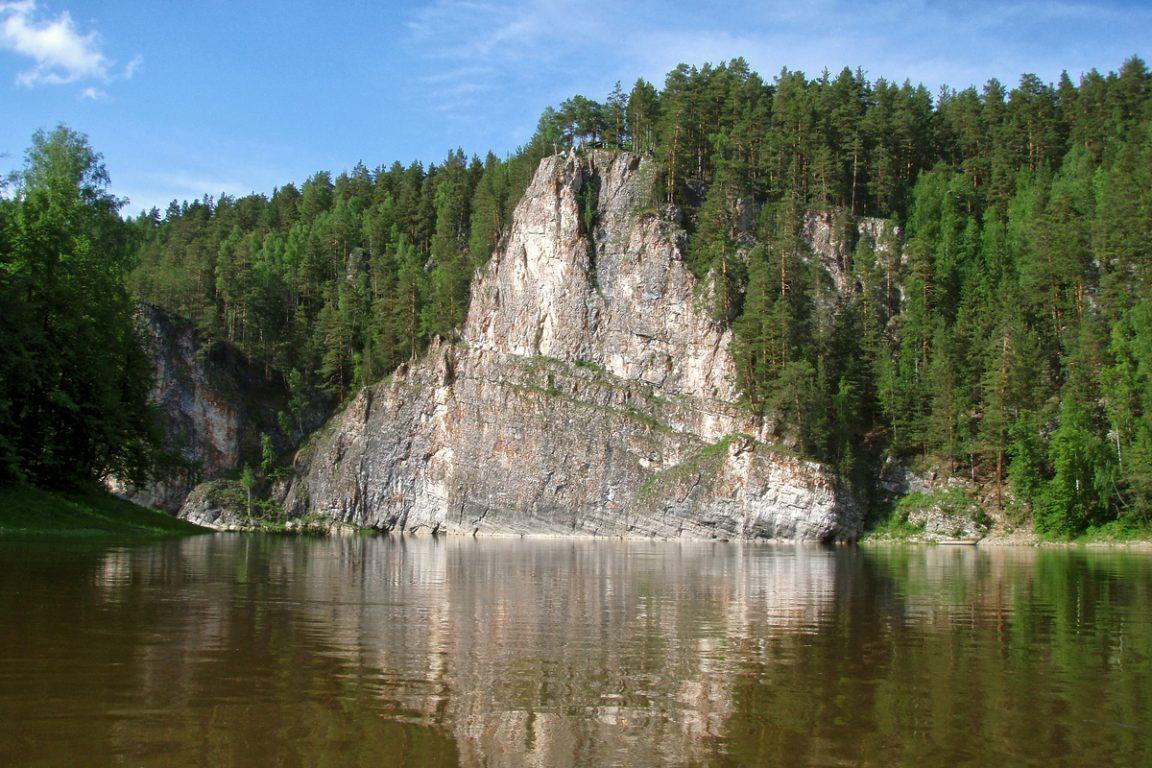 Камень Омутной, Харёнкинская петля: двухдневный сплав по Чусовой