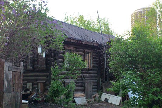 Дом П.П. Ястребова, где в 1990-е была мастерская художника Олега Елового