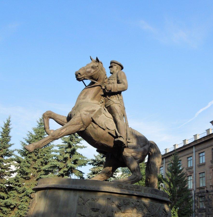 Памятник Жукову, Екатеринбург