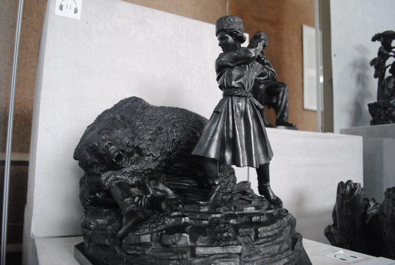 Екатеринбург, музей изобразительных искусств, ювелирное дело, камнерезная школа урала, нижнетагильский расписной поднос, свердловская область