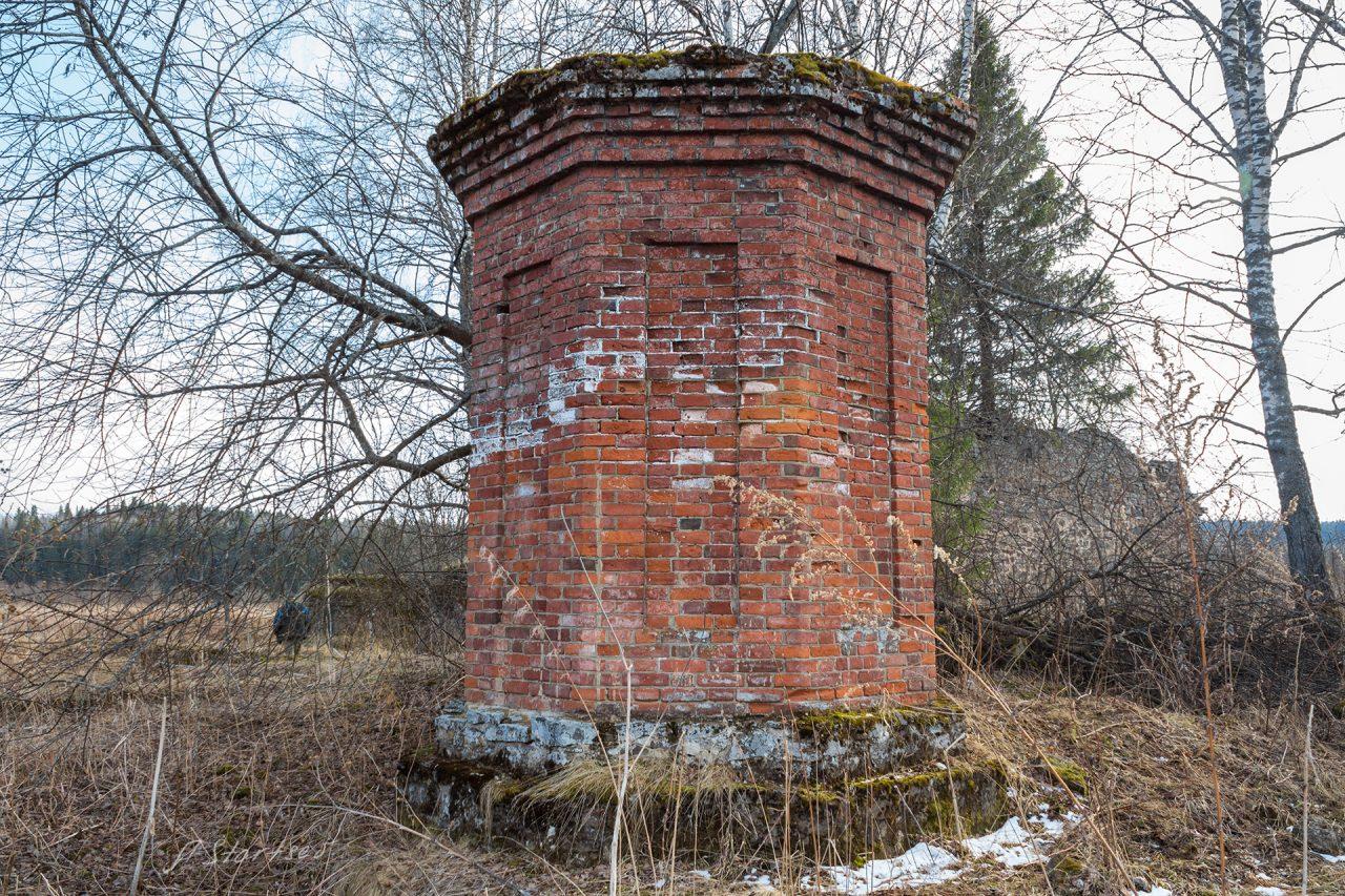 Руины Коноваловского лесопильного завода