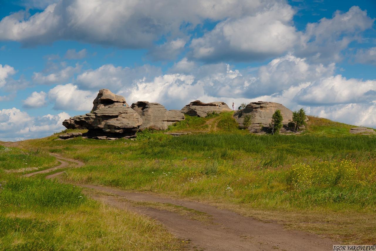 Святилище Большие Аллаки, гора Сугомак, Челябинская область