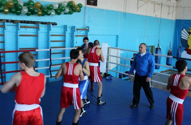 Юрий Дружинин тренер по боксу, основатель красноуфимского спортивного клуба бокса «Спартанец»