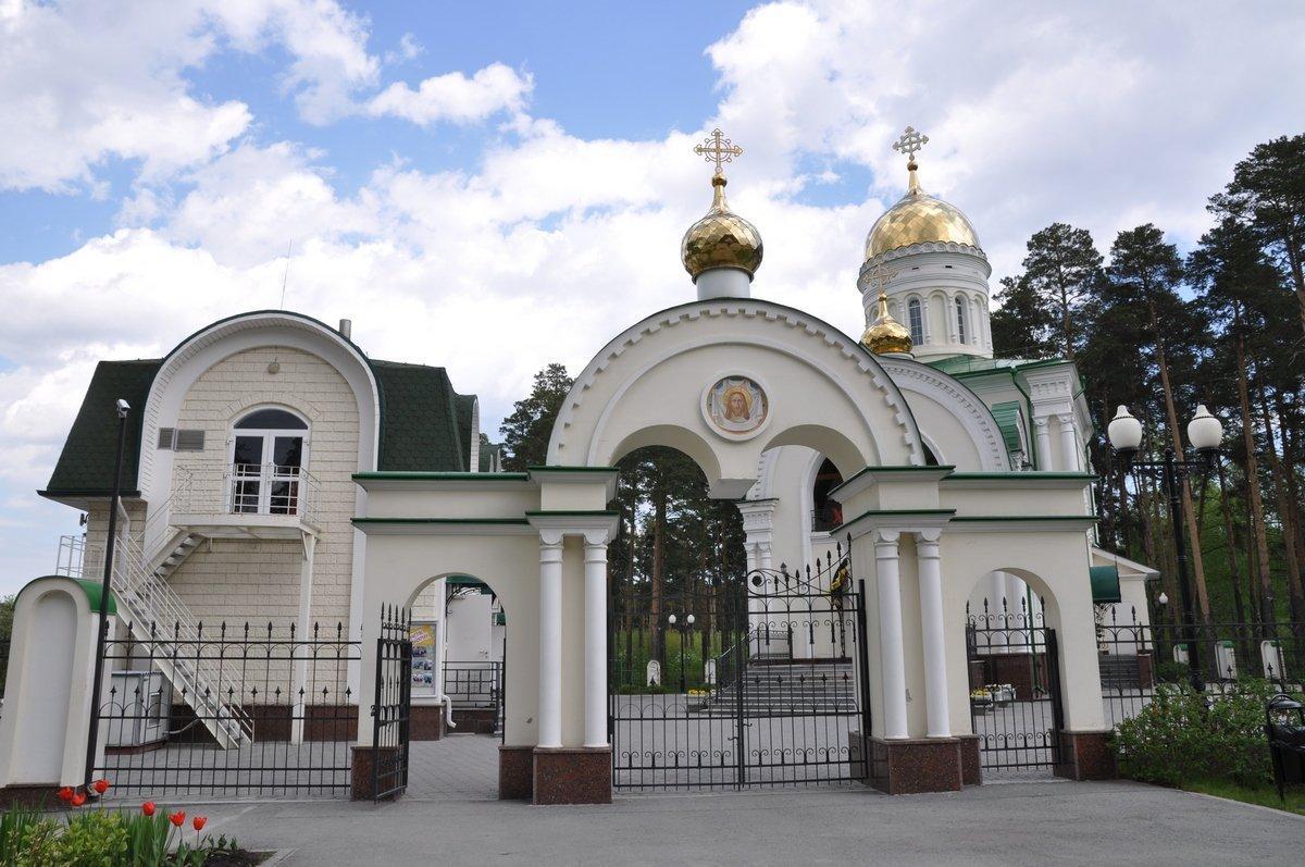 Храм святого мученика Иоанна Воина, Березовский, Свердловская область