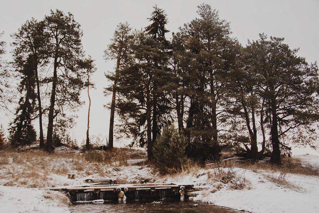 Озеро мертвой воды, Село Покча