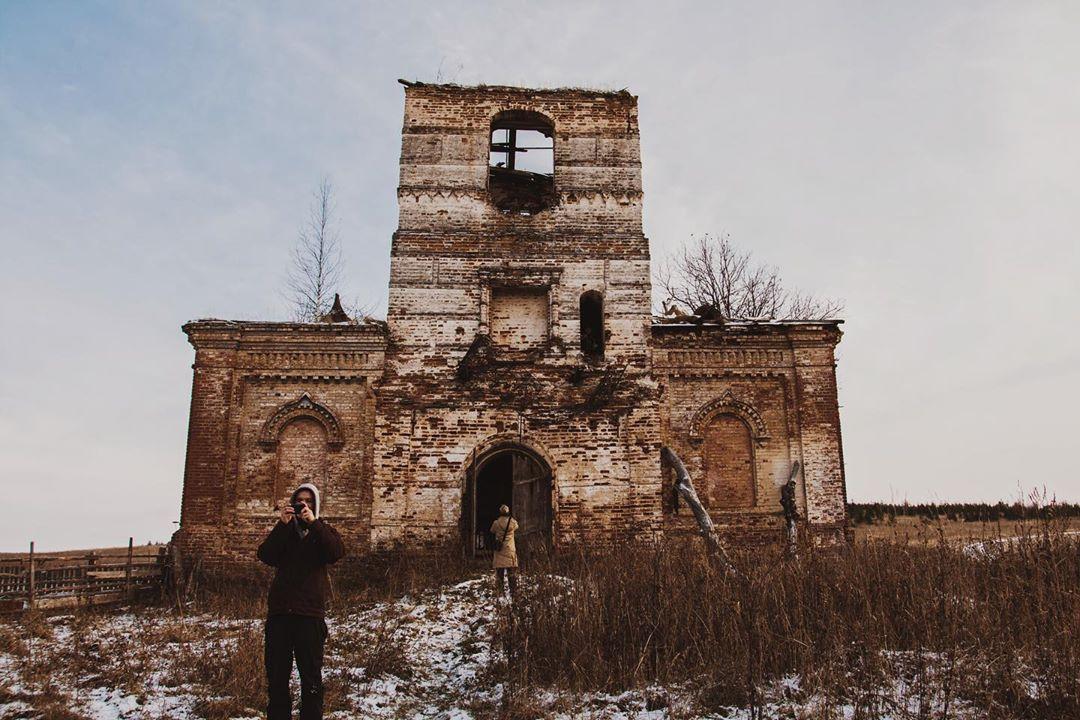 Спасская церковь в селе Лемеж