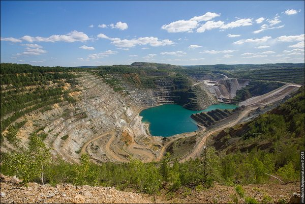 Свердловская область, полезные ископаемые, месторождения свердловской области, месторождение Полуночное, Черемуховское, драгоценные камни Среднего Урала, малышевские изумруды, самый большой изумруд, промышленный туризм, геологический туризм Свердловской области, куда поехать Свердловская область
