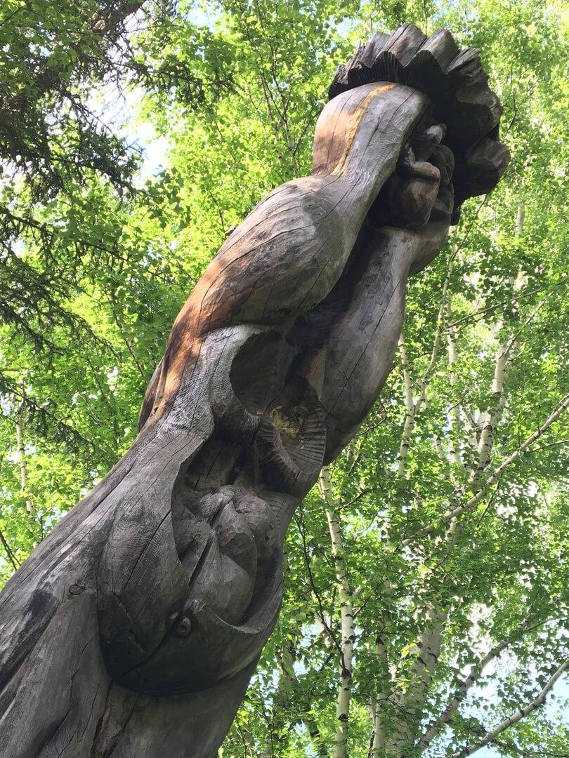 Тайна деревянных идолов Екатеринбурга