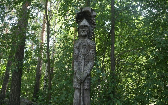 derevyannye-idoly-ekaterinburga42