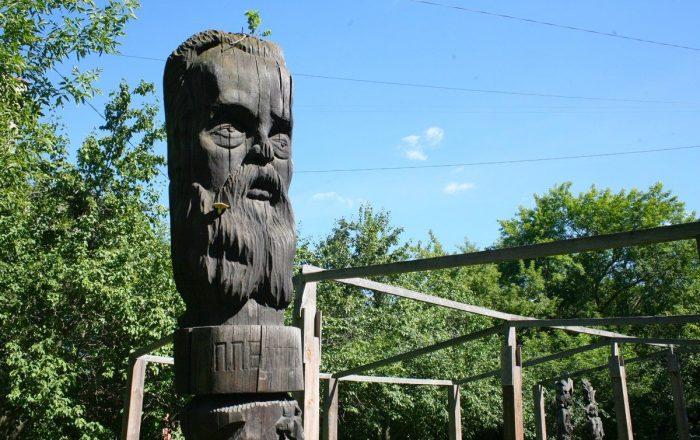 derevyannye-idoly-ekaterinburga52