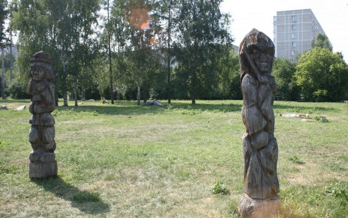 derevyannye-idoly-ekaterinburga76