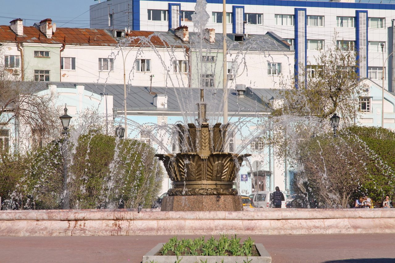 В Екатеринбурге «проснулись» фонтаны