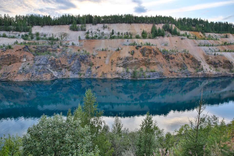 Искусственные «Голубые озера» Александровска