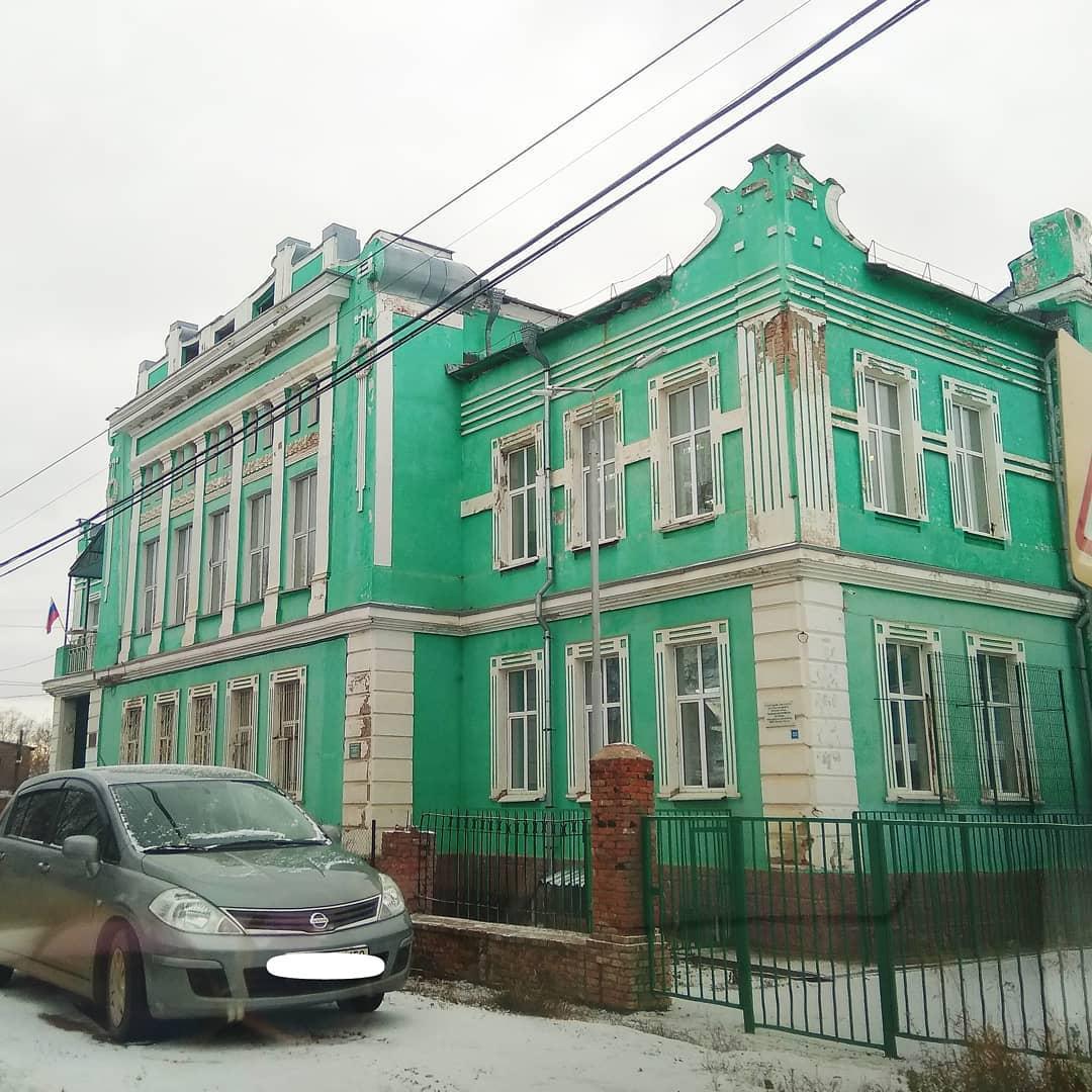 Город Оса, Здание Земской управы