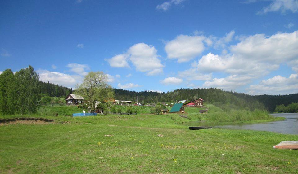 Деревня Комарово, Свердловская область
