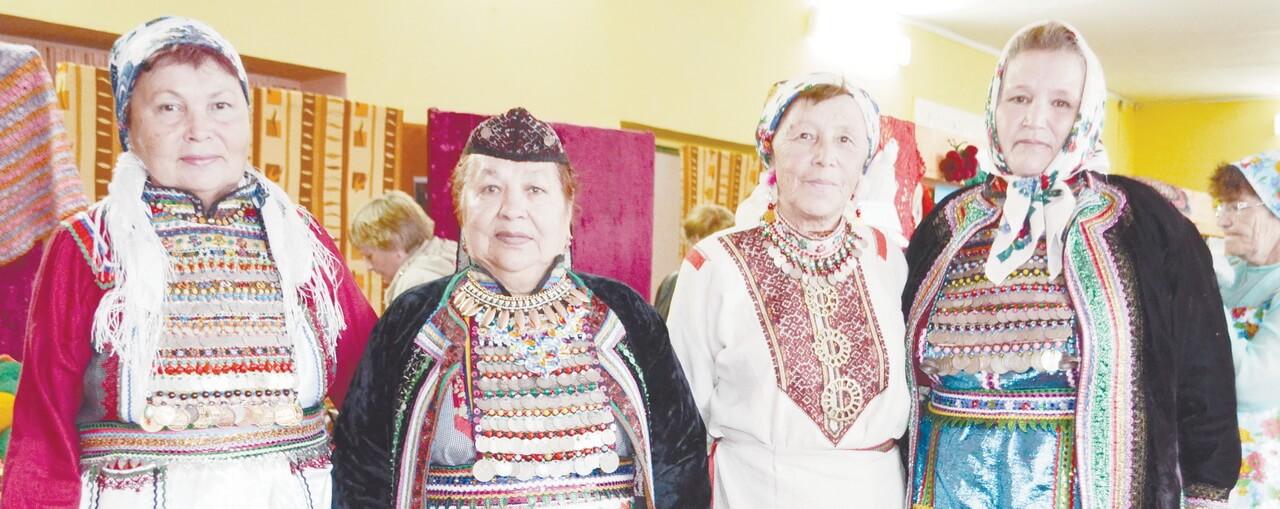 Народный ансамбль «Ныжыл сем» и вышивка со смыслом