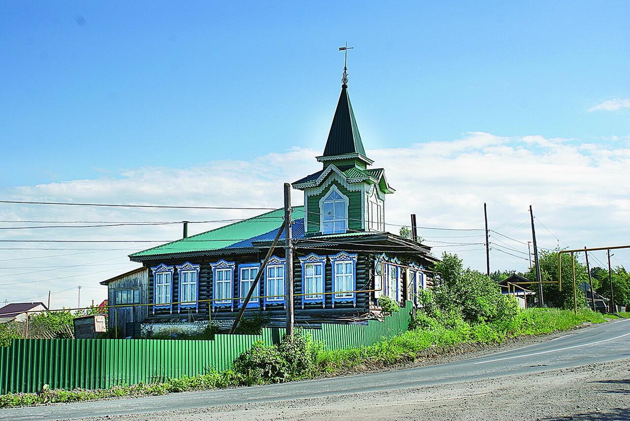 Это здание бывшей Медведевской начальной школы