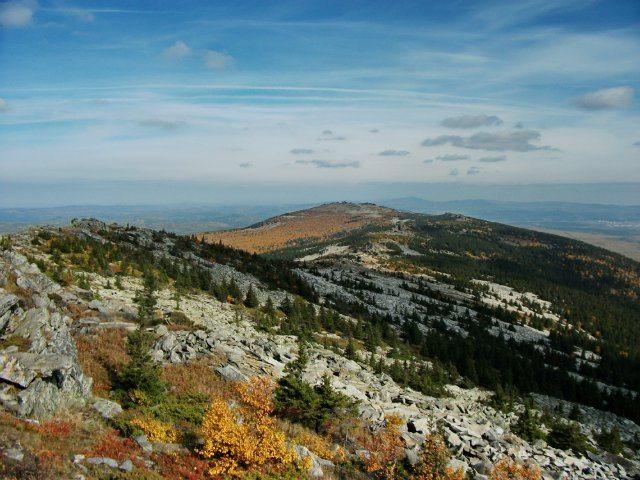 Вид с Голой горы на хребет Уреньга.