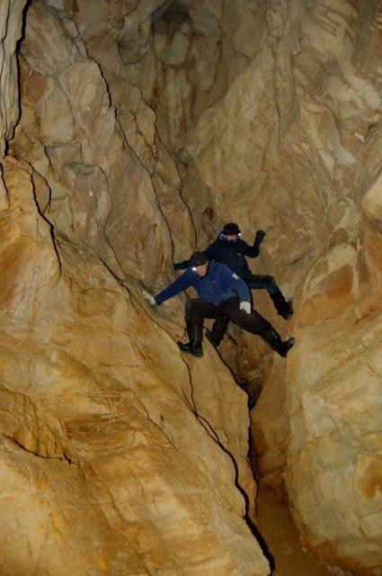 Пещера в первом пещерном комплексе реке Уллуир.