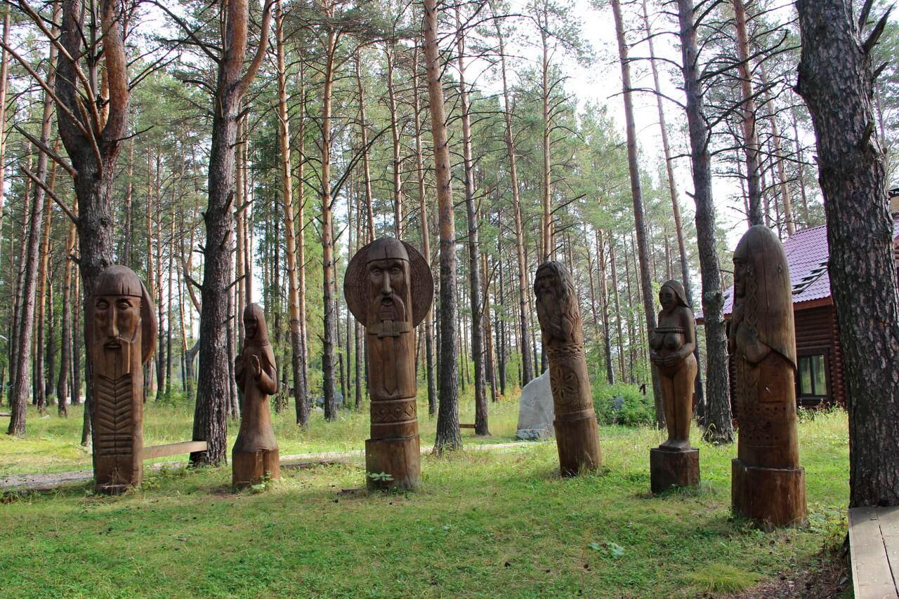 Деревянные идолы