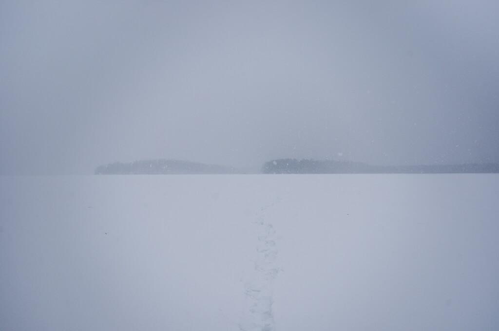 Святилище вагулов на берегах озера Шайтан