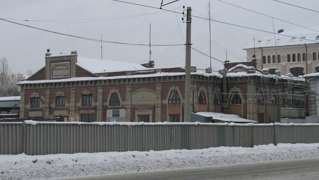 Здание электростанции в Челябинске