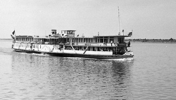Колёсный пароход на Каме. Автор фотографии - humus777