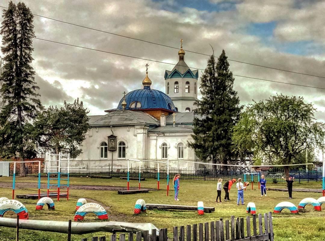 Введенская церковь, Село Бутка