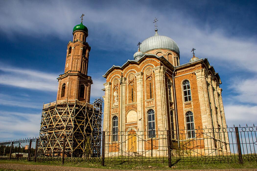 Село Тугустемир, Екатерининский храм