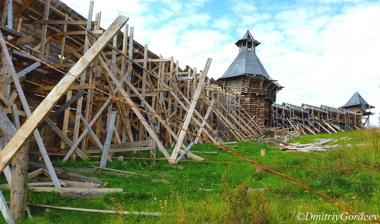 Крепостная стена - обратная сторона п. Загубашка