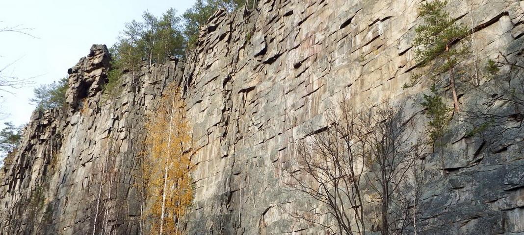 Шайтан-Камень на реке Реж