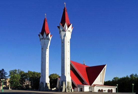 Мечеть-медресе Ляля Тюльпан в Уфе