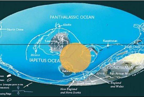 Кружком на этой карте помечено примерное расположение Уральского океана. По размеру он – самый маленький из древних океанов, поэтому иногда его называют Уральским морем.