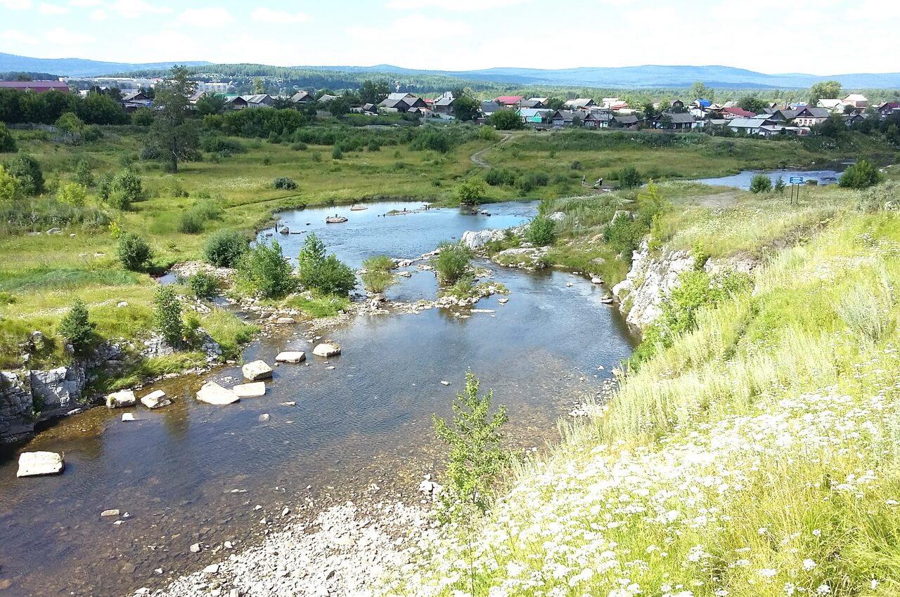 Река Тагил. Здесь был Верхнетагильский завод