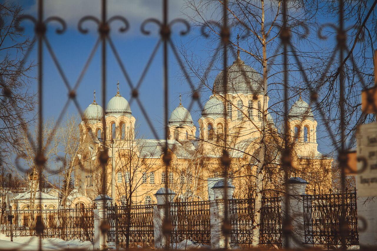 Крестовоздвиженский собор, Верхотурье, Меркушино, храмы Свердловской области
