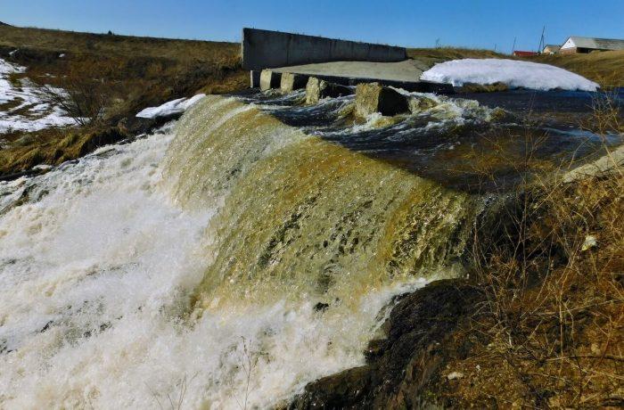 vodopady-urala-vesna04