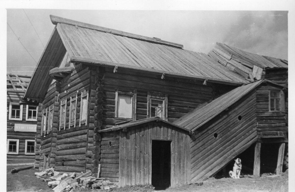 Дом Пономарёвых, где жил Ворошилов